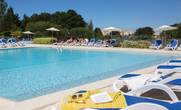 Club de vacances guidel plages les portes de l 39 oc an for Piscine st jean de monts