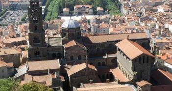 La ville et la cathédrale de Puy-en-Velay