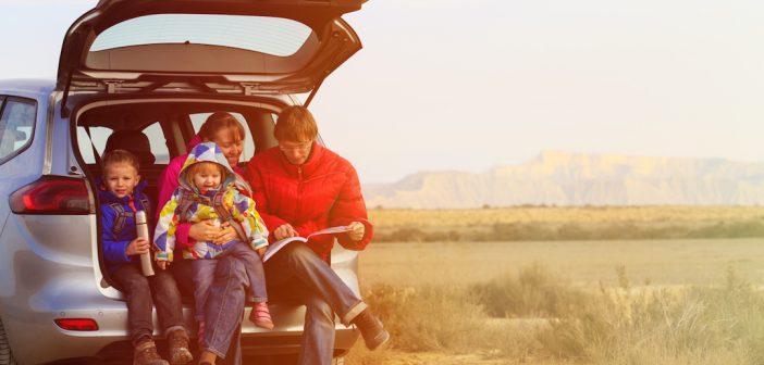 Révision de la voiture avant les vacances : que vérifier avant un long trajet ?