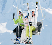 Vacances aux sports d'hiver : comment skier en toute sécurité