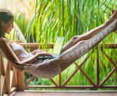 Partir en vacances, en week-end prolongé : quand poser ses congés payés?