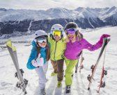Vacances au ski entre amis: où passer un séjour sportif et festif avec Belambra?