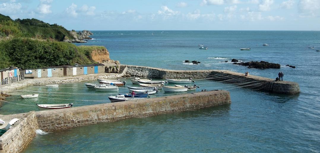 Port Racine en Normandie: découvrez le plus petit port de France
