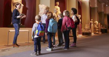 Se rendre au musée en famille