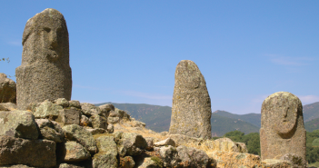 Dolmens et menhirs en Corse : où en trouver ?