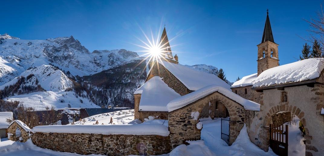 Visiter le sanctuaire Notre Dame de la Vie pendant ses vacances aux Ménuires.